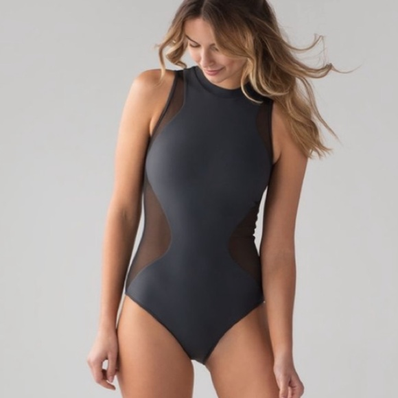 NWT Lululemon sz 4 Flow Rider One piece swimsuit